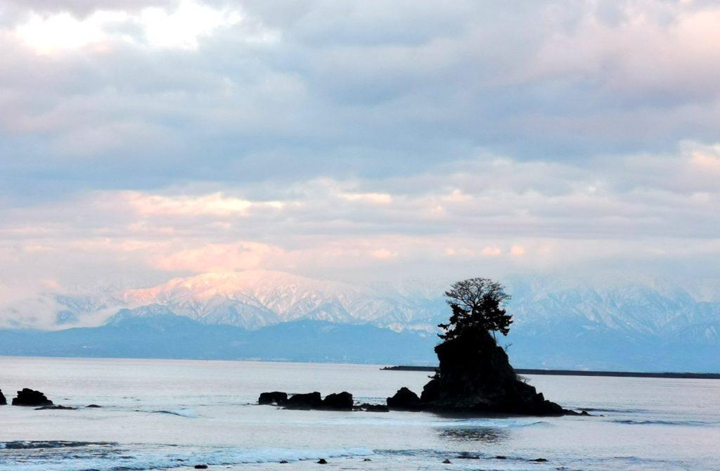 雨晴海岸のアルプス