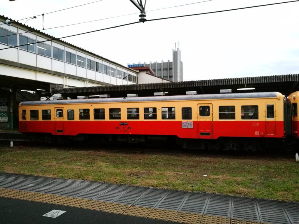 五井駅の気動車