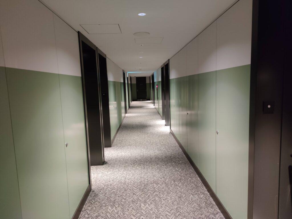 お部屋へ向かう廊下
