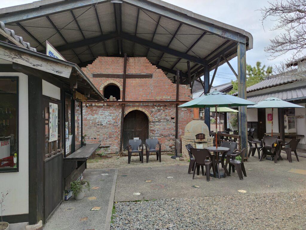 パン屋とカフェ