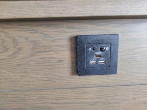 HDMI接続できる端子
