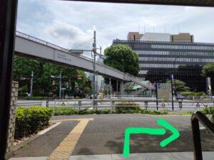 御成門駅出口