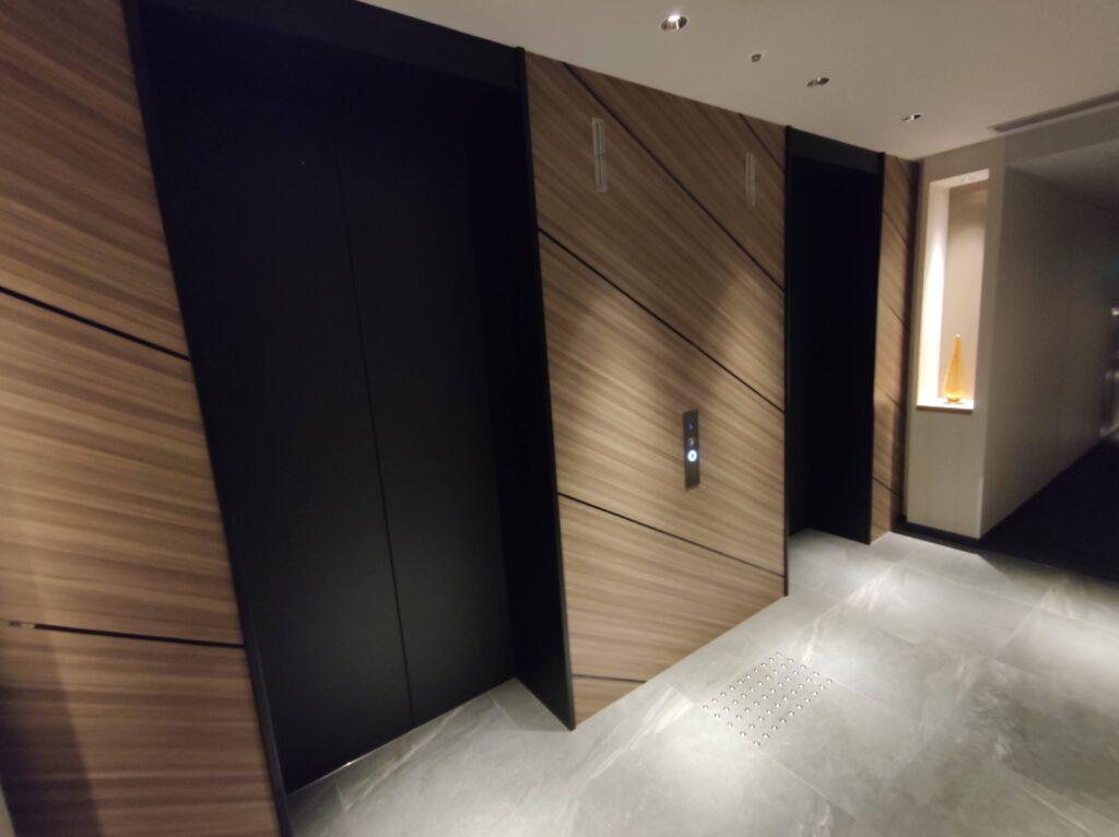 11階エレベーターホール