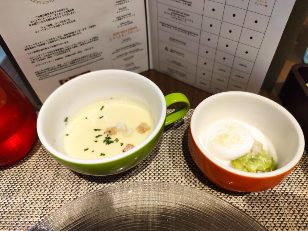 スープとミニロールキャベツ